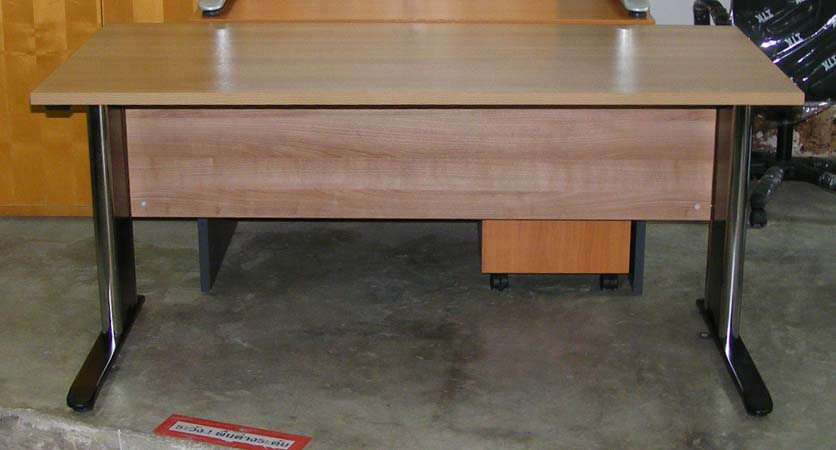 แหล่งขายเฟอร์นิเจอร์สำนักงานมือสอง อุปกรณ์สำนักงานมือ2 ของมือ2 นานาชนิด เช่นโต๊ะทำงานมือสอง เก้าอี้สำนักงานมือสอง ตู้เก็บเอกสารมือสอง ตู้เหล็ก พาร์ทิชั่น สภาพดี ราคาถูก