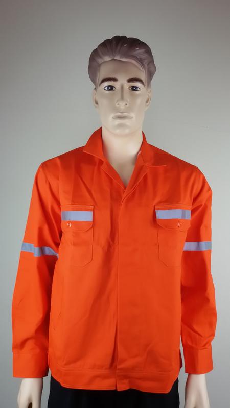 เสื้อช่างหรือเสื้อช็อปสำเร็จรูปพร้อมใช้งานสำหรับชายหญิงมีให้เลือกหลากหลายแบบและสั่งในจำนวนมากๆ