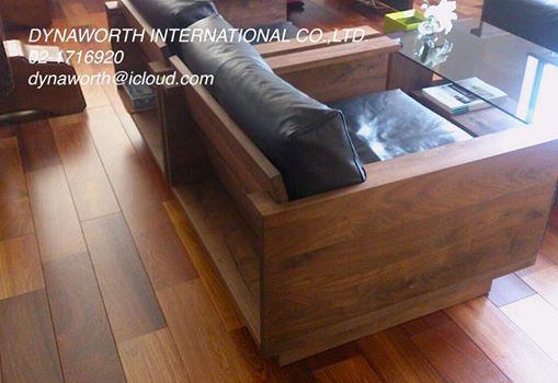 รับติดตั้งพื้น Solid Wood Flooring (พื้นไม้จริง) Engineered Wood Flooring (พื้นไม้เอ็นจิเนียร์) ที่ให้อารมณ์ไม้ธรรมชาติเหนือกว่าพื้นปาร์เก้