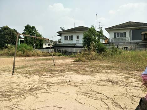 ขายที่ดินเปล่าถมแล้วราคาถูกในถนนเพิ่มสิน กรุงเทพ