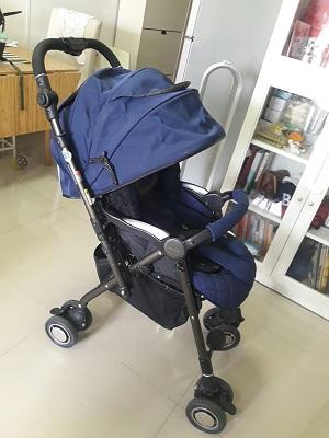 ส่งต่อ รถเข็นเด็ก Aprica รุ่น Soraria Limited Color